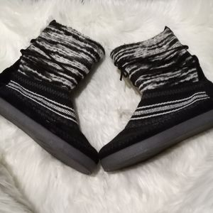 TOMS Nepal Striped Suede Boots, Black